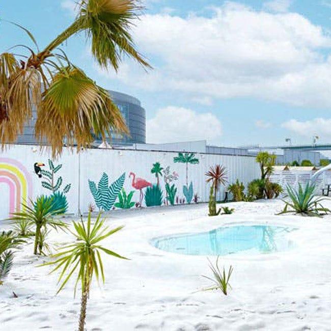 """海外リゾート気分に浸れる""""砂浜カフェ""""5選!フォトジェニックな空間で夏を感じよう"""