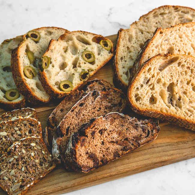 南青山に健康志向のこだわりブレッドが揃う「BARTIZAN Bread Factory」がオープン
