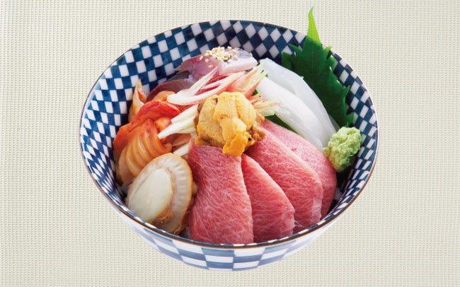 銀座ランチ帖~Fishtail Kitchenのマグロの中トロがとろける贅沢海鮮丼   OZmall