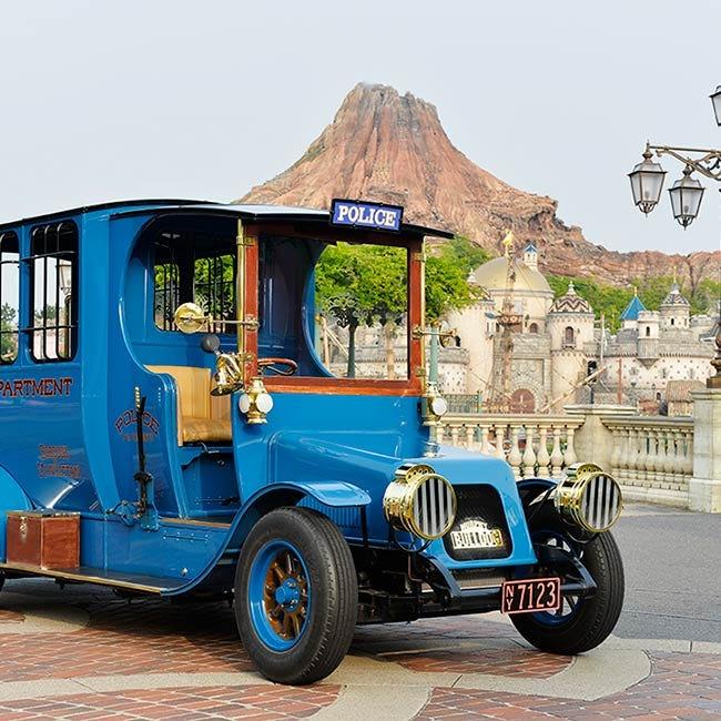 【ディズニー】クラシックカーに乗って、優雅にニューヨークの街を周遊!東京ディズニーシーの「ビッグシティ・ヴィークル」