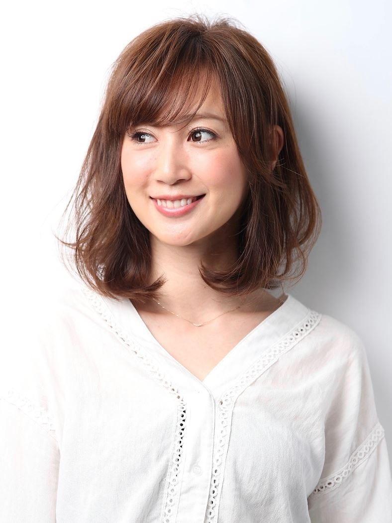【2019年春】セミロングの髪型[ヘアカタログ・ヘアスタイル]を ...