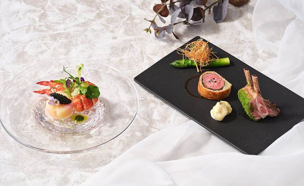 フランス料理「アジュール」【貴族の邸宅のような空間で楽しむフレンチ】牡蠣やトリュフ、ヒラメと鹿肉のWメインが堪能できる冬のフレンチコース全6皿