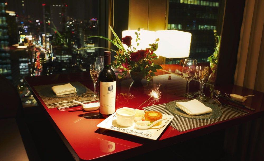 中国料理 イクスヴァン【OZ限定・顔合わせランチ★通常価格より22%OFF】個室確約&乾杯シャンパン付き!フカヒレスープや魚介メニューなど7皿