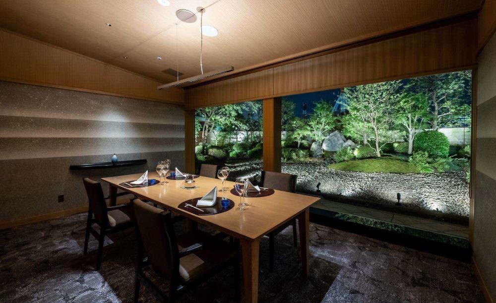 日本料理 木の花【乾杯ドリンク付き】横浜の憧れホテルで!料理長厳選の季節の会席「楽」(平日ランチ)