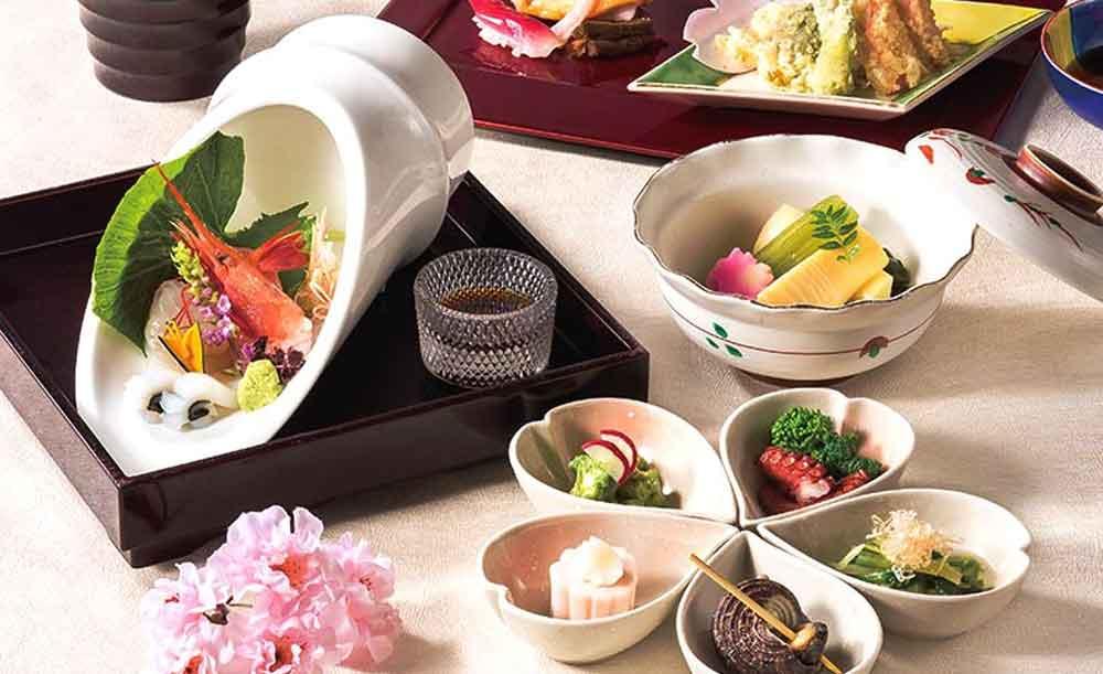 日本料理 美浜【2〜3月・土日祝限定1時間40分制★1ドリンク付き】春の味覚フェアランチブッフェ!揚げたて天ぷら・握り寿司にしゃぶしゃぶなど