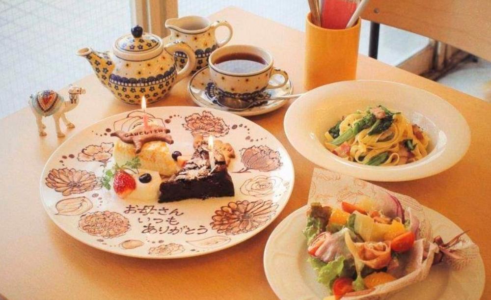 夜カフェ 東京 おすすめ 贅沢 時間 女子会 GALLERY &CAFE CAMELISH ギャラリー アンド カフェ キャメリッシュ メニュー
