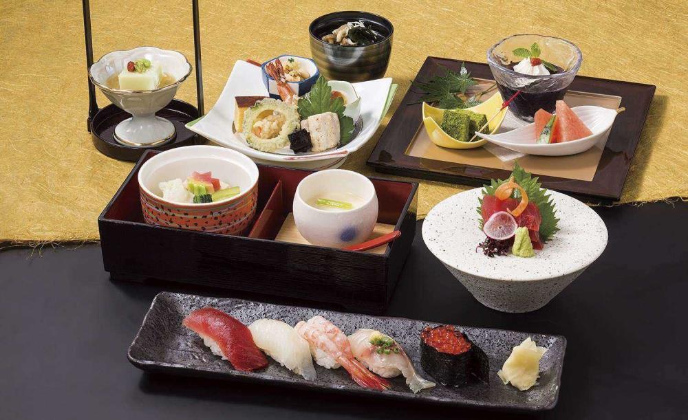 日本料理・鮨あしび【OZ限定★鮨の季節御膳】にぎり鮨を中心とした旬を詰め込んだコース×乾杯ドリンク1人1杯付き