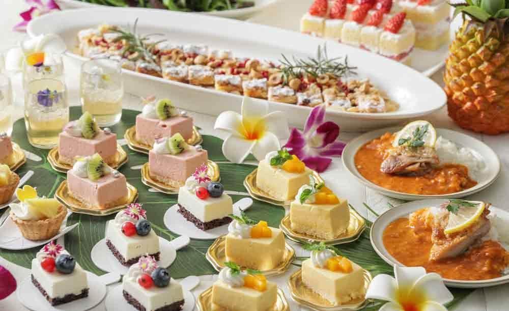 シェフズライブキッチン【土日祝ランチ限定★記念日におすすめ】スパークリングロゼワイン&ホールケーキ付き!出来立て料理の美味しさを堪能