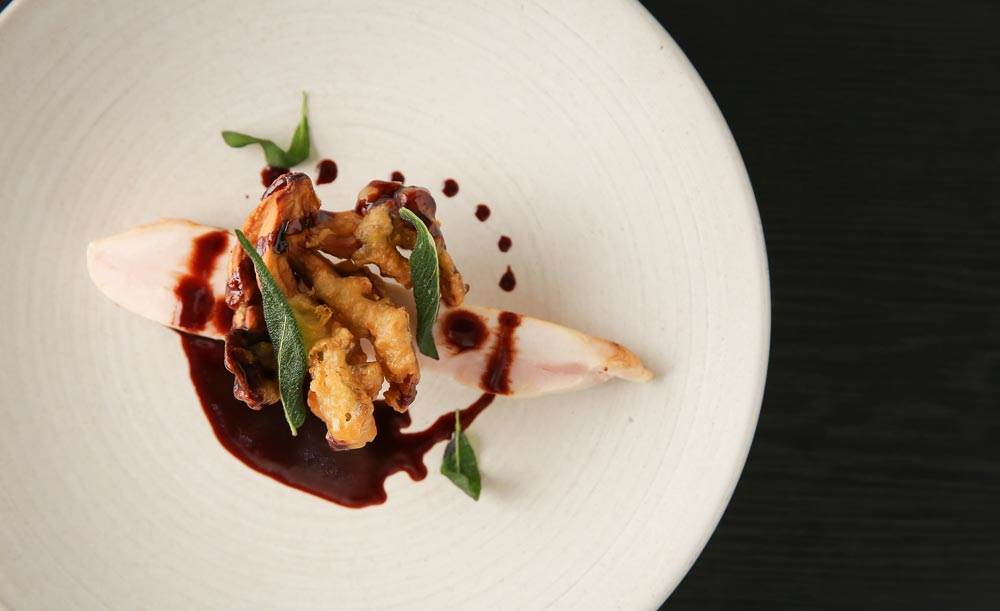 THE GATEHOUSE【OZ限定★FISH & MEATランチ】6種の野菜デリプレートと肉魚Wメイン&ドリンクバー全5皿