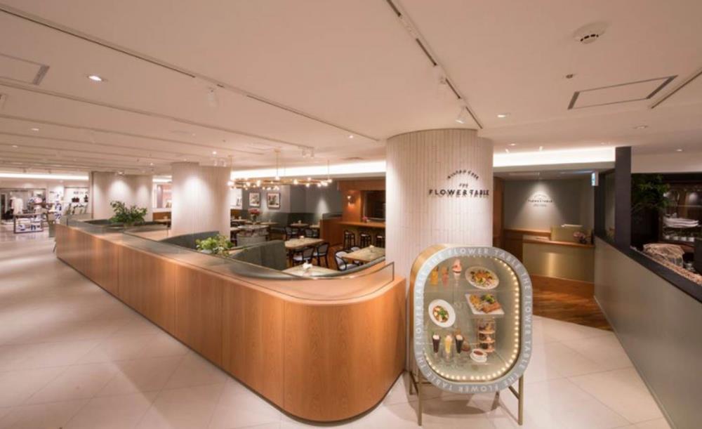 ビストロカフェ(bistrocafe)THEFLOWERTABLE